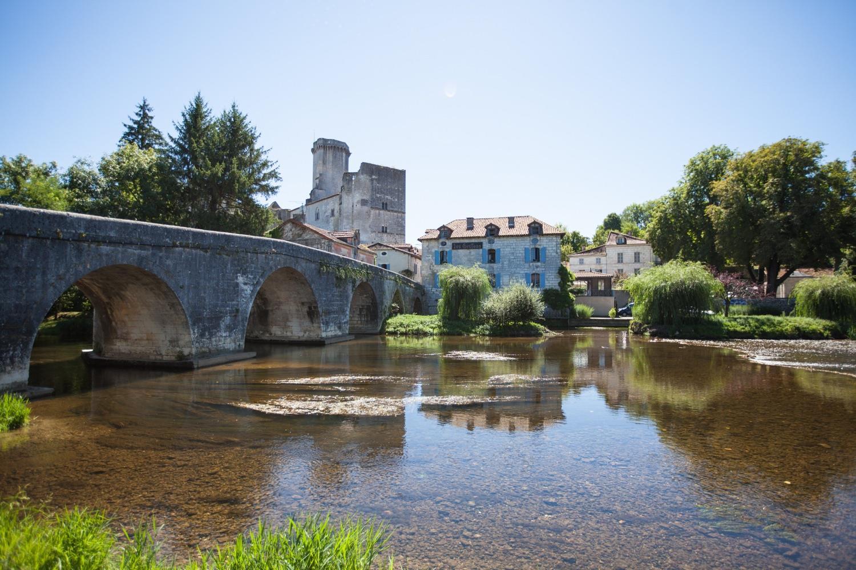 chateau de bourdeilles riviere