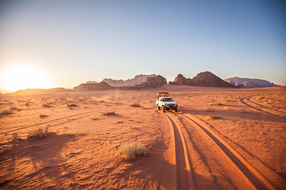 jeep pick up wadi rum